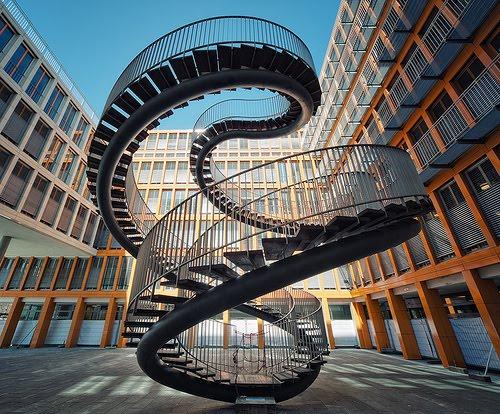 Escalier en colimaçon architectural