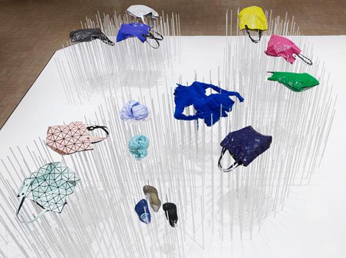 24 Issey Miyake 02 Design, concept et architecture de magasins et de boutiques