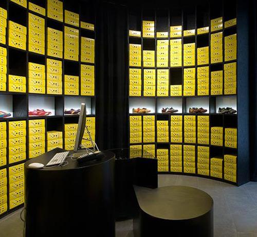 66 Gallery and Botas 02 Design, concept et architecture de magasins et de boutiques