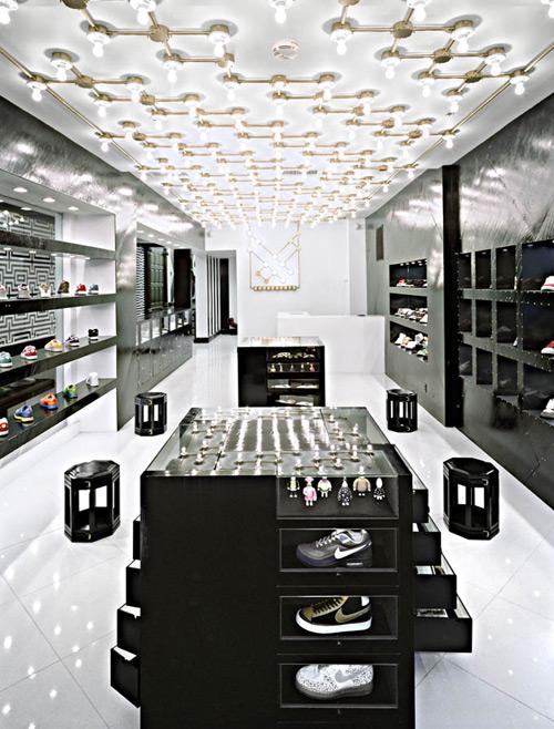 Ubiq 02 Design, concept et architecture de magasins et de boutiques