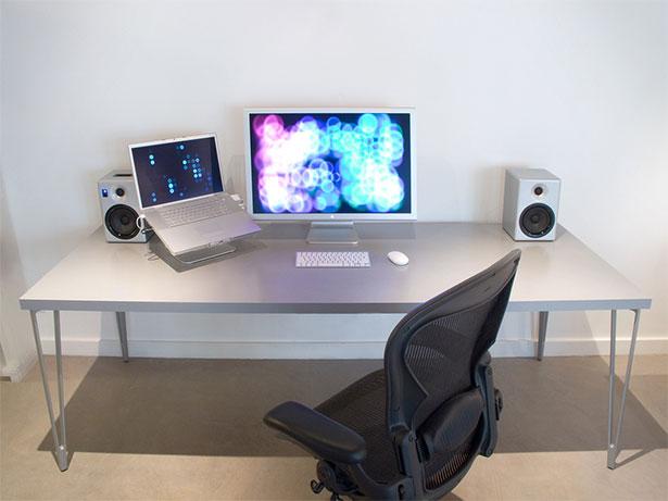 hésitez pas à écrire quels ont été vos bureaux minimalistes