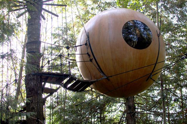 prenez-de-la-hauteur-avec-ses-somptueuses-maisons-perchees-dans-les-arbres34