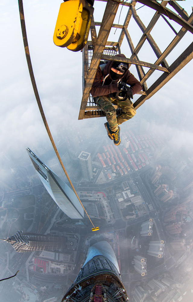 photos-from-shanghai-tower-climb-vitaliy-raskalov-2