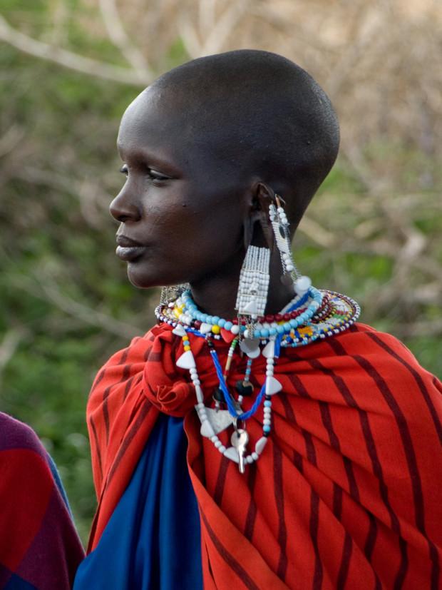 maasai woman par wwarby