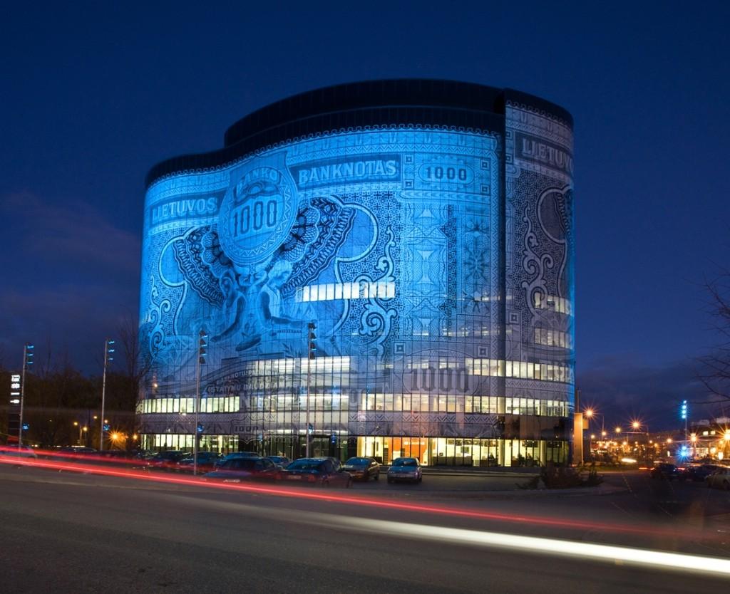 Banknote building